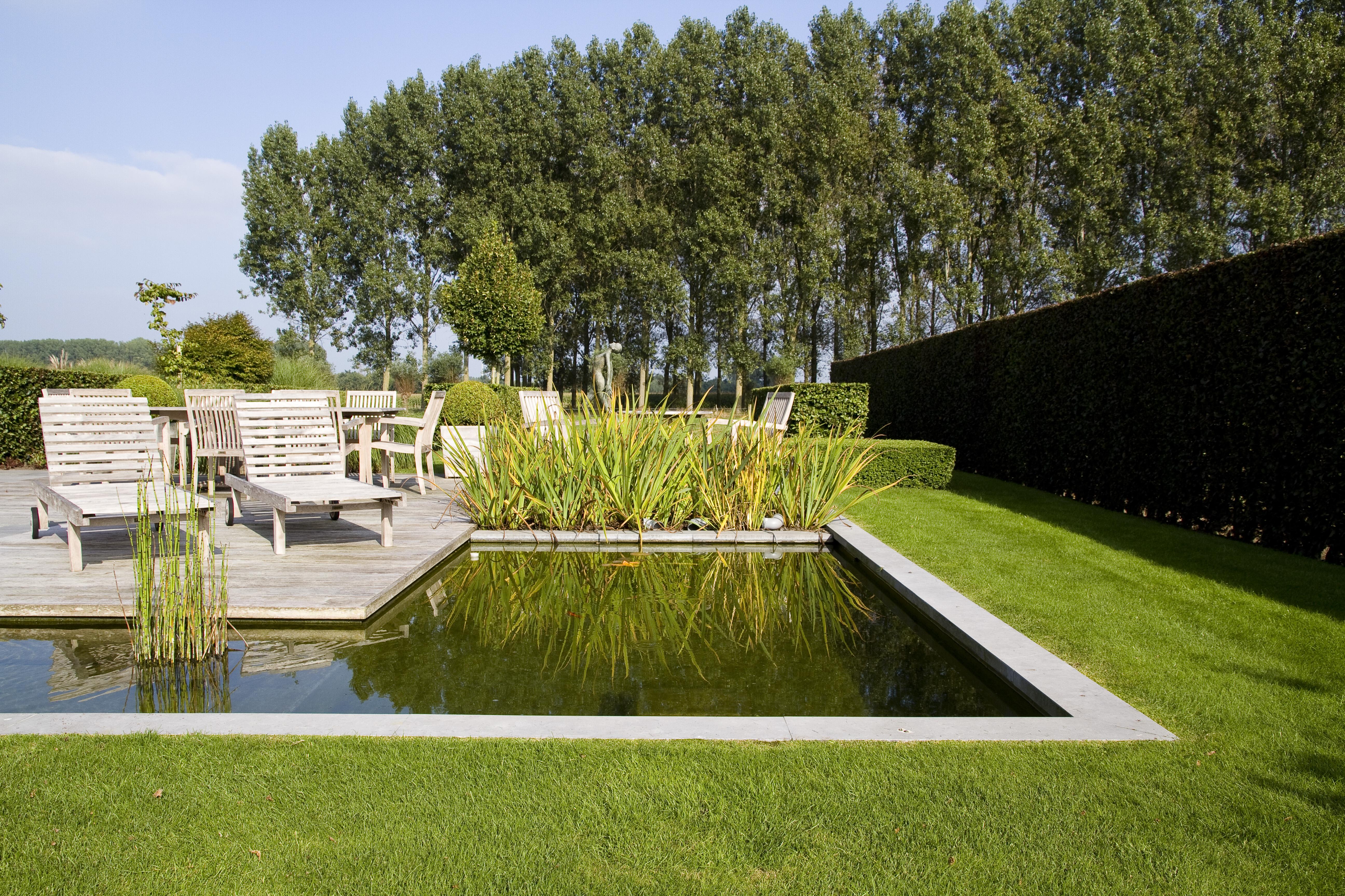 Landschappelijke tuin met waterpartij in adegem de for Vacature tuin