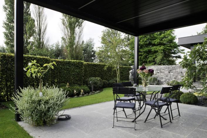 Renovatie tuin met overdekt terras de jonghe eeklo for Overdekt terras